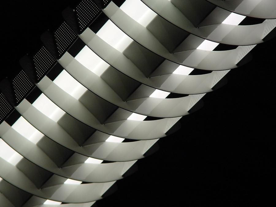 Fluorescent Bulbs. Flourescent Lamp Disposal